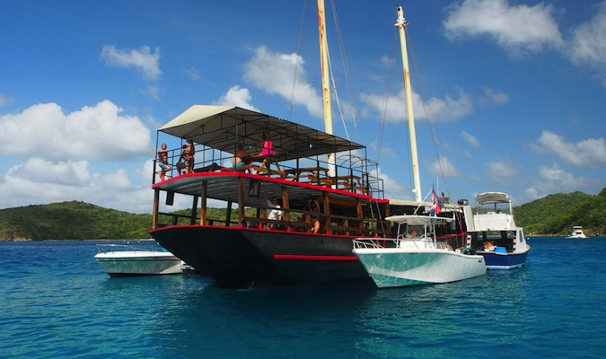 floating bar called willy t%image_alt%27s in the virgin islands