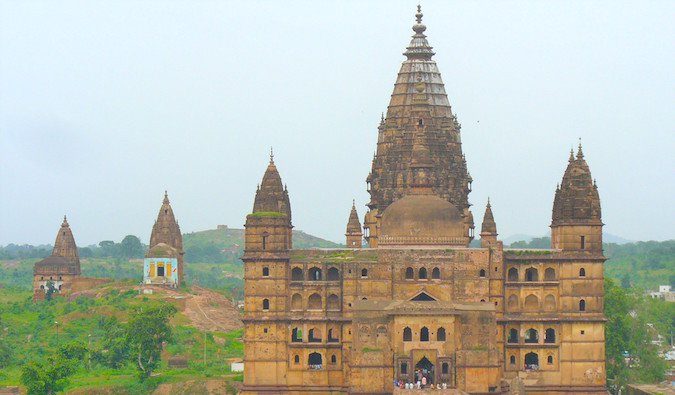 Medieval city of Orchha surrounded by green jungle