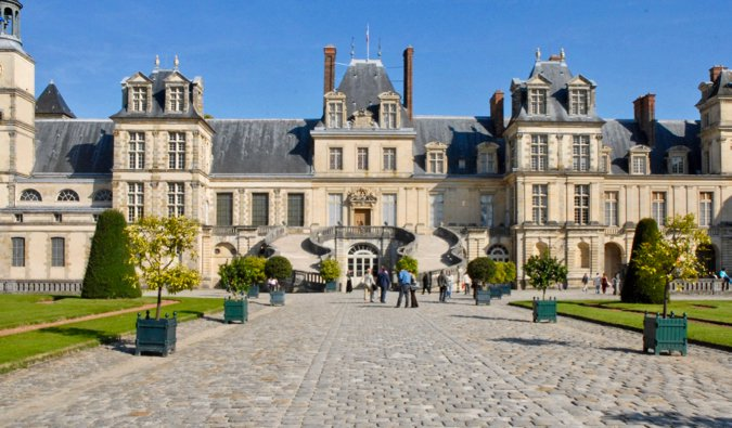The extravagant exterior of the Fontainebleau chateau in France