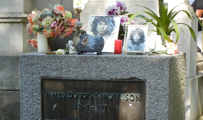 James Morrison%image_alt%27s tombstone in cemetery in France